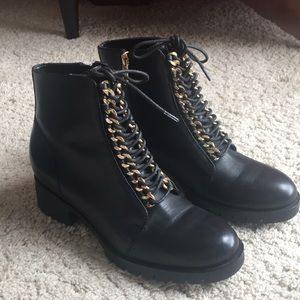 Karl Lagerfeld Bernice Chainlink ankle boots